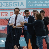 Foto Nicoloro G. 03/06/2016 Ravenna Chiusura campagna elettorale amministrative del PD a Ravenna con l' intervento del presidente del Consiglio. nella foto sul palco il premier Matteo Renzi.