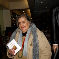 03/12/2007 Milano La poetessa Alda Merini alla FNAC, per una serata in suo onore.