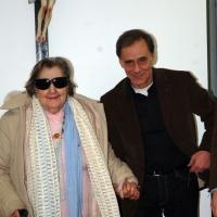 16/01/2006 Milano La poetessa Alda Merini con il cantautore Roberto Vecchioni.