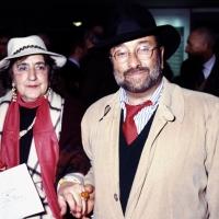 11/10/1993 Milano La poetessa Alda Merini con il cantautore Lucio Dalla ad una serata di premiazioni al Teatro San Babila.