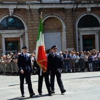 Foto Nicoloro G.   10/05/2015  Ravenna    Diciannovesimo raduno nazionale dei Marinai d' Italia. nella foto il tricolore che il presidente emerito Giorgio Napolitano donò all' ANMI.