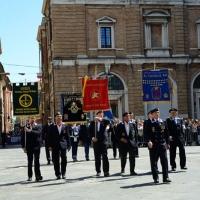 Foto Nicoloro G.   10/05/2015  Ravenna    Diciannovesimo raduno nazionale dei Marinai d' Italia. nella foto sfilano alcuni stendardi.
