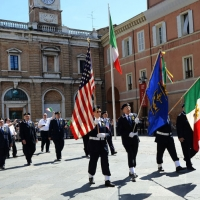 Foto Nicoloro G.  10/05/2015  Ravenna    Diciannovesimo raduno nazionale dei Marinai d' Italia. nella foto marinai anche dagli Stati Uniti.