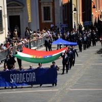 Foto Nicoloro G.  10/05/2015  Ravenna    Diciannovesimo raduno nazionale dei Marinai d' Italia. nella foto sfilano i marinai della Sardegna.