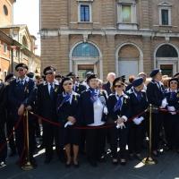 Foto Nicoloro G.   10/05/2015  Ravenna    Diciannovesimo raduno nazionale dei Marinai d' Italia. nella foto intere famiglie di marinai presenti.