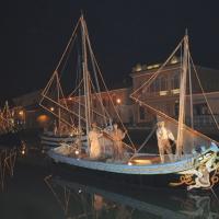 Foto Nicoloro G. 23/12/2010 Cesenatico (FC) Tradizionale presepe sulle barche, tipiche della marineria locale, ormeggiate nel porto canale di Cesenatico. nella foto Una barca del Presepe