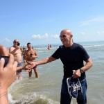 Foto Nicoloro G.   15/08/2019  Cervia ( Ra )   27° edizione di ' Cervia, la spiaggia ama il libro ' con il tradizionale sbarco degli scrittori dalle imbarcazioni storiche. nella foto Arrigo Sacchi appena sbarcato.