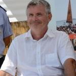 Foto Nicoloro G.   15/08/2019  Cervia ( Ra )   27° edizione di ' Cervia, la spiaggia ama il libro ' con il tradizionale sbarco degli scrittori dalle imbarcazioni storiche. nella foto lo scrittore Davide Gnola.