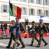 Foto Nicoloro G. 27/05/2012 Ravenna Si e' svolto nella città romagnola il 31° Raduno Nazionale dei Fanti d' Italia con la partecipazione del ministro della Difesa l' ammiraglio Gianpaolo Di Paola. nella foto Picchetto d'onore