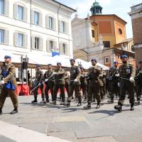 Foto Nicoloro G. 27/05/2012 Ravenna Si e' svolto nella città romagnola il 31° Raduno Nazionale dei Fanti d' Italia con la partecipazione del ministro della Difesa l' ammiraglio Gianpaolo Di Paola. nella foto Schieramento d'onore