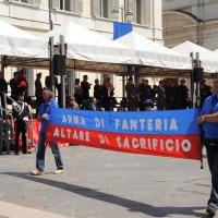 Foto Nicoloro G. 27/05/2012 Ravenna Si e' svolto nella città romagnola il 31° Raduno Nazionale dei Fanti d' Italia con la partecipazione del ministro della Difesa l' ammiraglio Gianpaolo Di Paola. nella foto Uno striscione