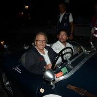 Foto Nicoloro G.  14/05/2015  Rimini     Arriva a Rimini la prima tappa della 33° edizione della 1000 Miglia. La storica competizione partita da Brescia si snoda su un percorso di 1760 chilometri con la partecipazione di 438 vetture e 42 Nazioni. nella foto l' arrivo a Rimini dell'ex pilota di F1 Derek Bell su una Jaguar C-Type del 1953.