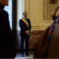 Foto Nicoloro G. 10/11/2016 Milano Allestita nella sala del Comune e aperta al pubblico la camera ardente per l' oncologo Umberto Veronesi. nella foto tra la folla anche il sindaco Giuseppe Sala.