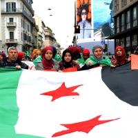 Foto Nicoloro G. 01/05/2016 Manifestazione con corteo per la ricorrenza del I° Maggio. nella foto bandiere e striscioni di dissidenti iraniani.