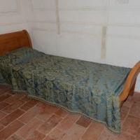 Foto Nicoloro G. 04/08/2016 loc. Mandriole ( Ravenna ) Commemorazione della morte di Anita Garibaldi avvenuta il 04/08/1849 nella Fattoria Guiccioli in località Mandriole ( Ravenna ). nella foto il letto sul quale morì Anita Garibaldi.