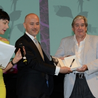Foto Nicoloro G. 27/06/2017 Milano 18° edizione de ' La Milanesiana ' che quest' anno ha per tema ' Paura e Coraggio '. nella foto lo scrittore Patrick McGrath riceve il premio Montblanc-La Milanesiana