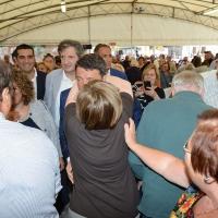 Foto Nicoloro G. 03/09/2017 Ravenna Il segretario del PD interviene alla Festa dell' Unita' e pranza con alcune centinaia di persone. nella foto Matteo Renzi nello stand tra saluti e abbracci.