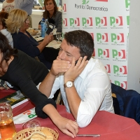 Foto Nicoloro G. 03/09/2017 Ravenna Il segretario del PD interviene alla Festa dell' Unita' e pranza con alcune centinaia di persone. nella foto Matteo Renzi.