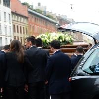 Foto Nicoloro G. 05/04/2016 Milano Si sono svolti nella Basilica di Sant' Ambrogio i funerali del campione di calcio Cesare Maldini. nella foto Paolo Maldini con la moglie all' arrivo del feretro alla Basilica di Sant' Ambrogio.