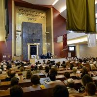 Foto Nicoloro G. 18/09/2016 Milano Inaugurazione della Giornata europea della Cultura Ebraica alla presenza del ministro della Difesa. nella foto l' interno della Sinagoga centrale di Milano.