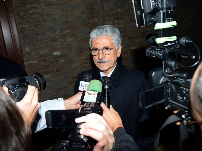 Foto Nicoloro G. 10/10/2016 Ravenna L' onorevole Massimo D' Alema a Ravenna per esporre le sue ragioni per il NO al referendum. nella foto l' onorevole Massimo D' Alema.