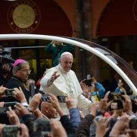 Foto Nicoloro G. 01/10/2017 Cesena ( Forli'-Cesena ) Visita di papa Francesco a Cesena. nella foto Papa Francesco al suo arrico nella piazza di Cesena.