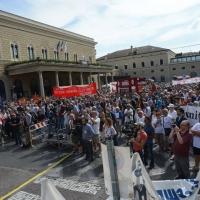 Foto Nicoloro G. 02/08/2016 Bologna, Trentaseiesimo anniversario della strage alla stazione di Bologna. nella foto La folla antistante la piazza della stazione.