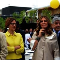 Foto Nicoloro G.   01/05/2015  Milano   Al via l' Expo Milano 2015, l' Esposizione Internazionale che l'Italia ospiterà dal primo Maggio al 31 Ottobre 2015. nella foto le deputate Mariastella Gelmini, a sinistra, e Daniela Santanchè.