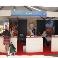 Foto Nicoloro G. 27/05/2011 Ravenna Quindicesima Borsa del Turismo delle 100 Citta' d' Arte d' Italia. nella foto Uno stand