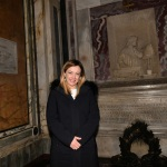 Foto Nicoloro G.   17/01/2020   Ravenna    Campagna elettorale per le votazioni regionali del 26 gennaio in Emilia-Romagna. nella foto la presidente di Fratelli d' Italia all' interno della tomba di Dante.
