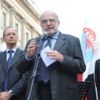 Foto Nicoloro G. 13/05/2011 Milano Chiusura della campagna elettorale del Terzo Polo per le elezioni amministrative 2011. nella foto Savino Pezzotta
