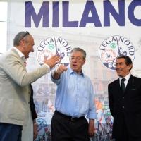 Foto Nicoloro G. 13/05/2011 Milano Chiusura della campagna elettorale della Lega Nord. nella foto Davide Boni – Umberto Bossi – Luciano Bresciani