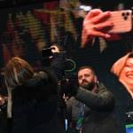 Foto Nicoloro G.   24/01/2020   Ravenna    Chiusura della campagna elettorale per le regionali dell' Emilia-Romagna. nella foto Giorgia Meloni si fa un selfie con il pubblico nella piazza.