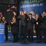 Foto Nicoloro G.   24/01/2020   Ravenna    Chiusura della campagna elettorale per le regionali dell' Emilia-Romagna. nella foto al centro la candidata per il centro-destra Lucia Borgonzoni.