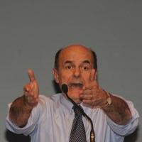 Foto Nicoloro G. 01/02/2013 Firenze Evento di grande importanza, forse unico, che vede insieme in questa campagna elettorale il sindaco di Firenze e il segretario generale del PD. nella foto Pierluigi Bersani