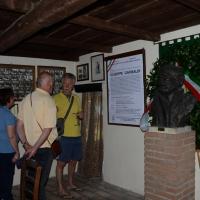 Foto Nicoloro G.  02/06/2014  Ravenna    Nella giornata della Festa della Repubblica si è svolta la commemorazione dell' anniversario della morte di Giuseppe Garibaldi, avvenuta a Caprera proprio il 2 giugno 1882. nella foto l' interno del Capanno Garibaldi.