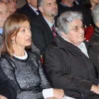 """Foto Nicoloro G.  08/11/2010 Ravenna  Commemorazione dell' ex presidente della DC Benigno Zaccagnini, morto il 05 novembre 1989, in un dibattito dal titolo """" Zaccagnini nel futuro della politica """". nella foto Livia Zaccagnini– Anna Zaccagnini"""