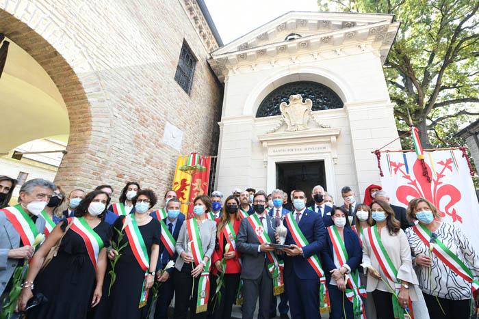 Foto Nicoloro G.   12/09/2021   Ravenna   Questa giornata segna il culmine delle celebrazioni dei 700 anni dalla morte di Dante. nella foto molti dei sindaci venuti da tanti comuni d' Italia.