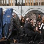 Foto Nicoloro G.   12/09/2021   Ravenna   Questa giornata segna il culmine delle celebrazioni dei 700 anni dalla morte di Dante. nella foto il maestro Riccardo Muti fa il suo ingresso sul palco per dirigere il concerto che sancira' la conclusione ufficiale  delle celebrazioni.