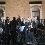 Foto Nicoloro G.   12/09/2021   Ravenna   Questa giornata segna il culmine delle celebrazioni dei 700 anni dalla morte di Dante. nella foto il maestro Riccardo Muti saluta gli orchestrali prima di dirigere il concerto che sancira' la conclusione ufficiale  delle celebrazioni.