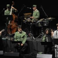 """Foto Nicoloro G. 03/07/2011 Milano Ottava serata della dodicesima edizione de """" La Milanesiana """" che quest' anno ha per tema """" Bugie e Verita' """". nella foto Elio e la sua band"""