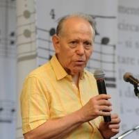 """Festival """" Le Corde dell' Anima """", una tre giorni caratterizzata da un intreccio di letteratura e musica tra incontri, concerti, laboratori, letture e spettacoli. Protagonisti sono scrittori, musicisti, giornalisti e poeti. nella foto Quirino Principe"""