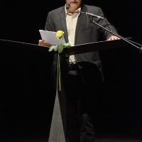 """Foto Nicoloro G. 23/06/2013 Milano Sesta giornata della quattordicesima edizione de """" La Milanesiana """" che ha per tema """" Il segreto """". nella foto Hanif Kureishi"""