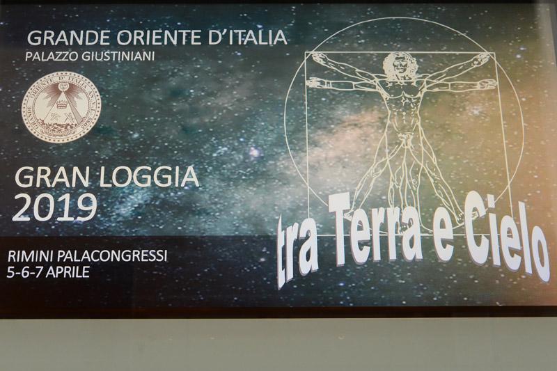 Foto Nicoloro G.   05/04/2019   Rimini   Edizione 2019 della Grande Loggia del GOI ( Grande Oriente d' Italia ) dal titolo ' Tra Cielo e Terra '. nella foto il logo della manifestazione.