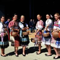 Foto Nicoloro G.  24/06/2015  Milano    Nell' ambito di Expo 2015 si è svolta la Giornata Nazionale della Slovacchia. nella foto un gruppo di donne slovacche in costume.