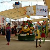 Foto Nicoloro G.   05/05/2015    Milano   Expo Milano 2015 si apre al mondo e si mette in mostra. nella foto una parata di Foody, la mascotte di Expo 2015.