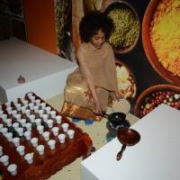 Foto Nicoloro G.   05/05/2015    Milano   Expo Milano 2015 si apre al mondo e si mette in mostra. nella foto si tosta il caffè nel padiglione dell' Etiopia.