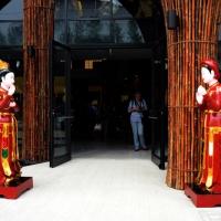 Foto Nicoloro G.   05/05/2015    Milano   Expo Milano 2015 si apre al mondo e si mette in mostra. nella foto l' uscita del padiglione della Cambogia.