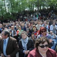 """Foto Nicoloro G. 25/04/2011 Marzabotto (BO) Per il 25 Aprile """" Festa della Liberazione """" cerimonia di commemorazione delle vittime della strage nazifascista di Marzabotto. nella foto La grande folla presente alla commemorazione"""