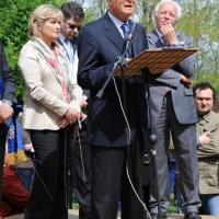 """Foto Nicoloro G. 25/04/2011 Marzabotto (BO) Per il 25 Aprile """" Festa della Liberazione """" cerimonia di commemorazione delle vittime della strage nazifascista di Marzabotto. nella foto Il discorso di Gian Carlo Caselli"""